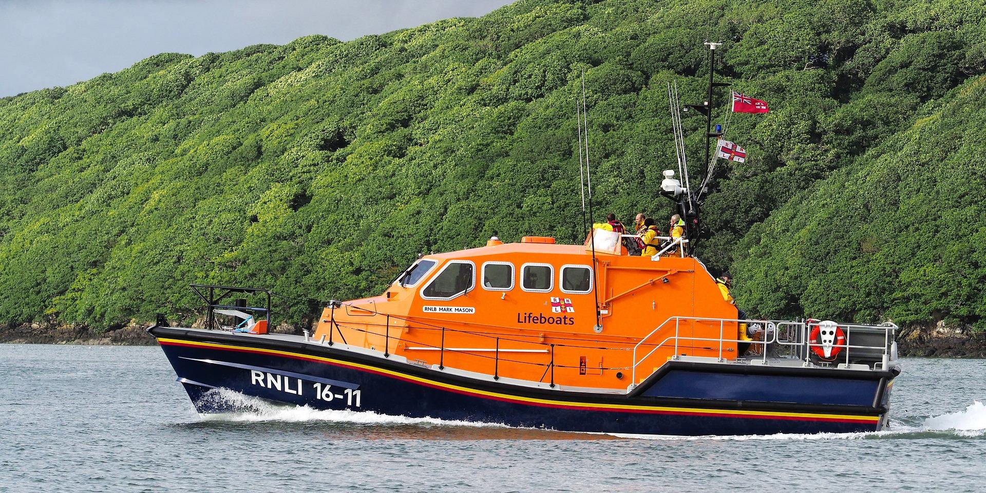 RNLI lifeboat cornwall